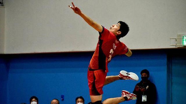 平成29年度卒(B類保健体育専攻)の小野遥輝さん、ファン投票によりバレーボールのV.リーグ・オールスターに選出される。